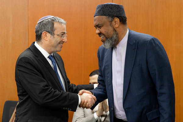 Muslim Delegation Participates in Interfaith Dialogue at YU